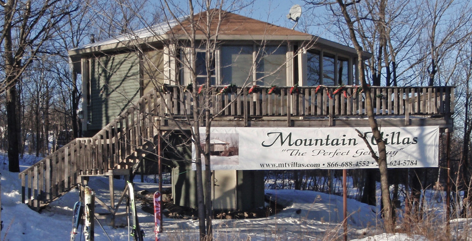 Mountain Villas advertising banner